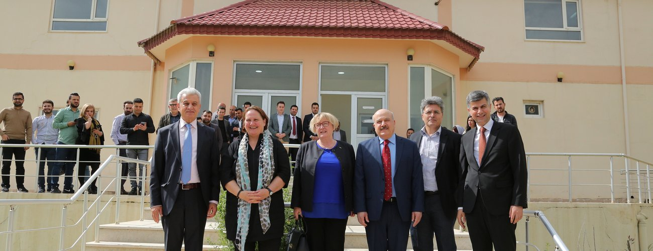 Two German Ministers Visit UoD
